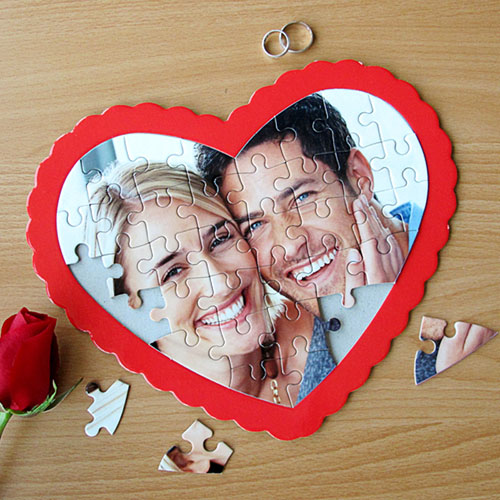 Personalized Heart Shape Photo Puzzle (Red Frame)