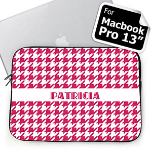 Custom Name Hot Pink Houndstooth MacBook Pro 13 Sleeve