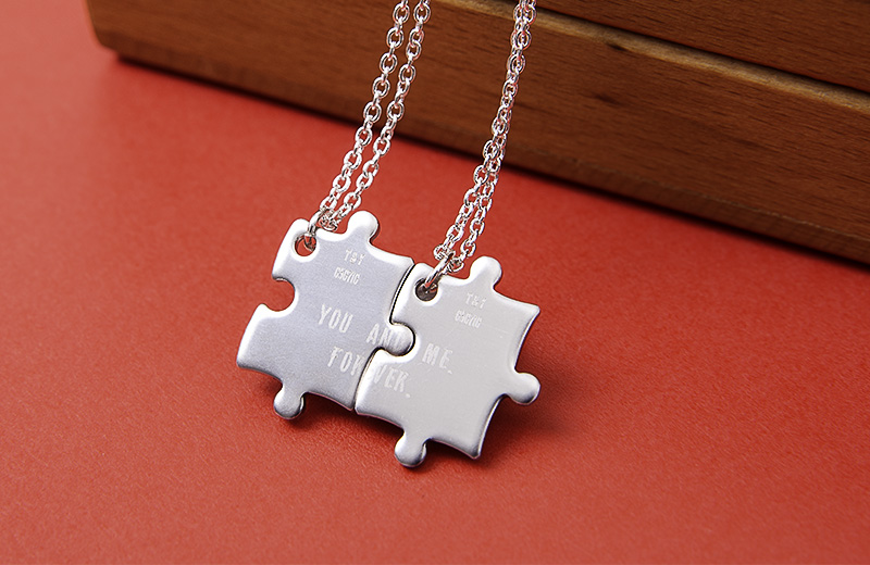 Walk around in style together with Couple Necklaces