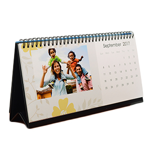 Make Custom Photo Desk Calendars with Calendar Maker